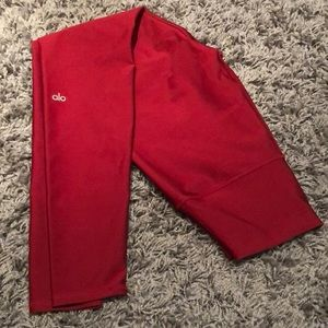 Alo Yoga leggings - never worn